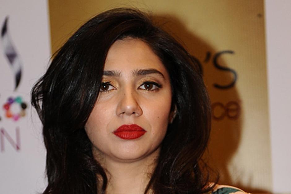 Mahira khan sexy photos-9550