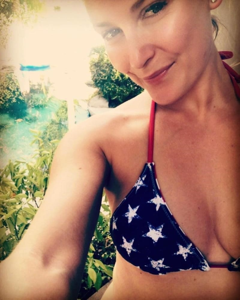 Renee young nude pictures-6382
