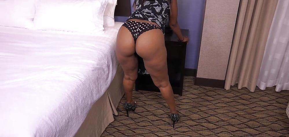 Big black mom booty-6468