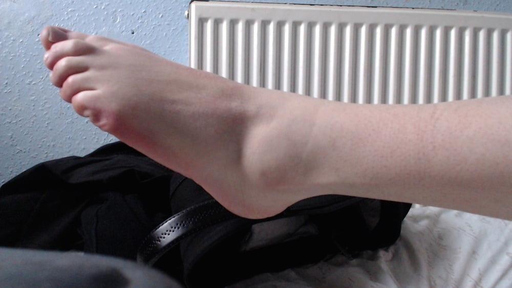 Male feet vids-5535