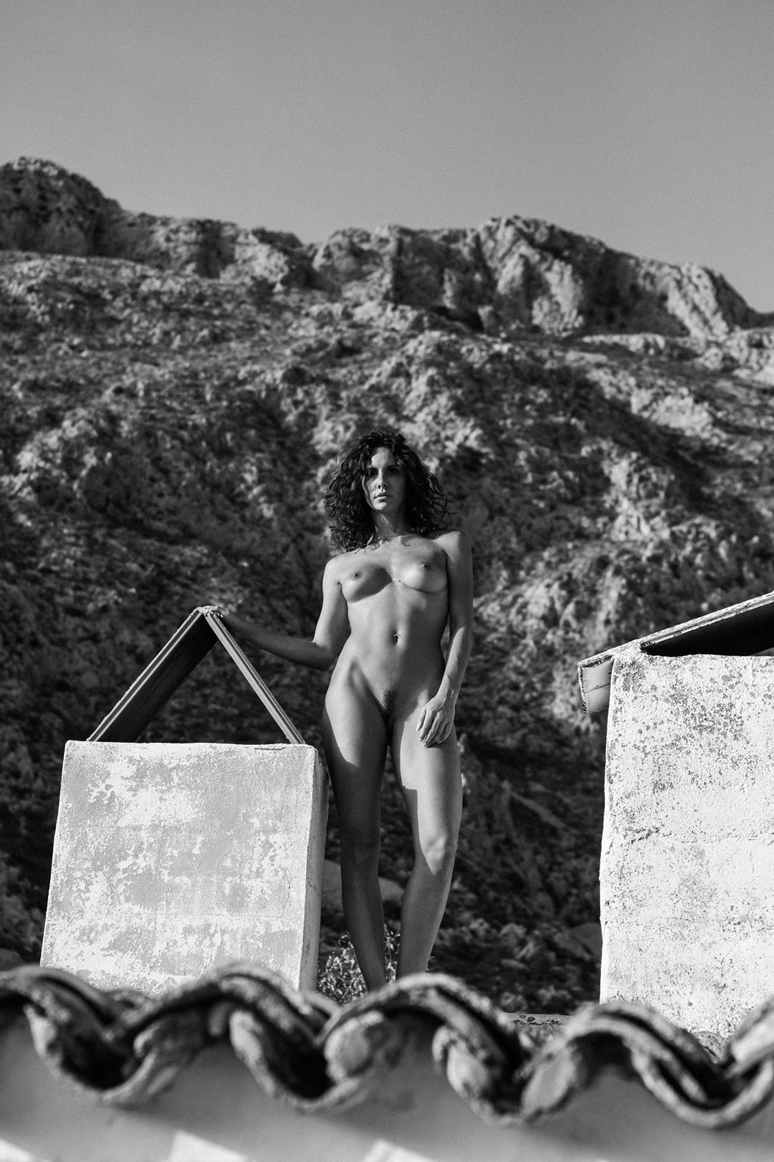 Andja Lorein nude by Renaud Chaval - Yume Magazine