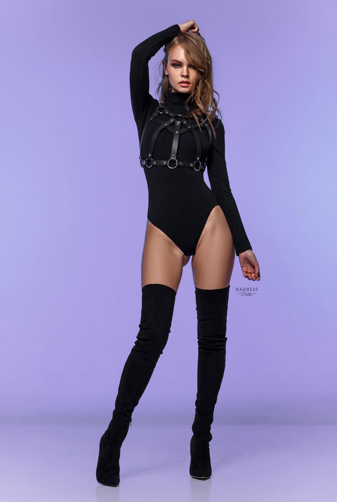 Анастасия Щеглова в нижнем белье Harness Hall, 2018 год / фото 05