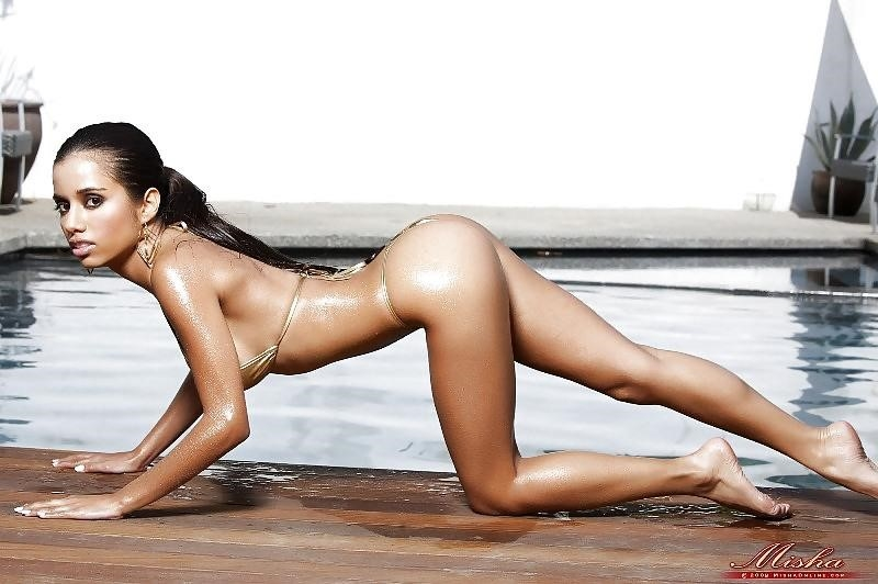 Lupe fuentes feet-8287