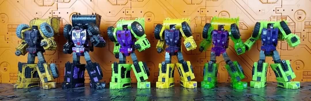 [Toyworld] Produit Tiers - Jouet TW-C Constructor aka Devastator/Dévastateur (Version vert G1 et jaune G2) - Page 11 Ap6yBlL0_o