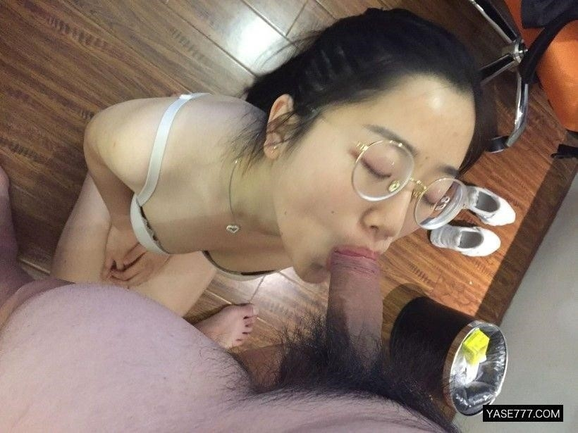 Horny housewife solo-3608