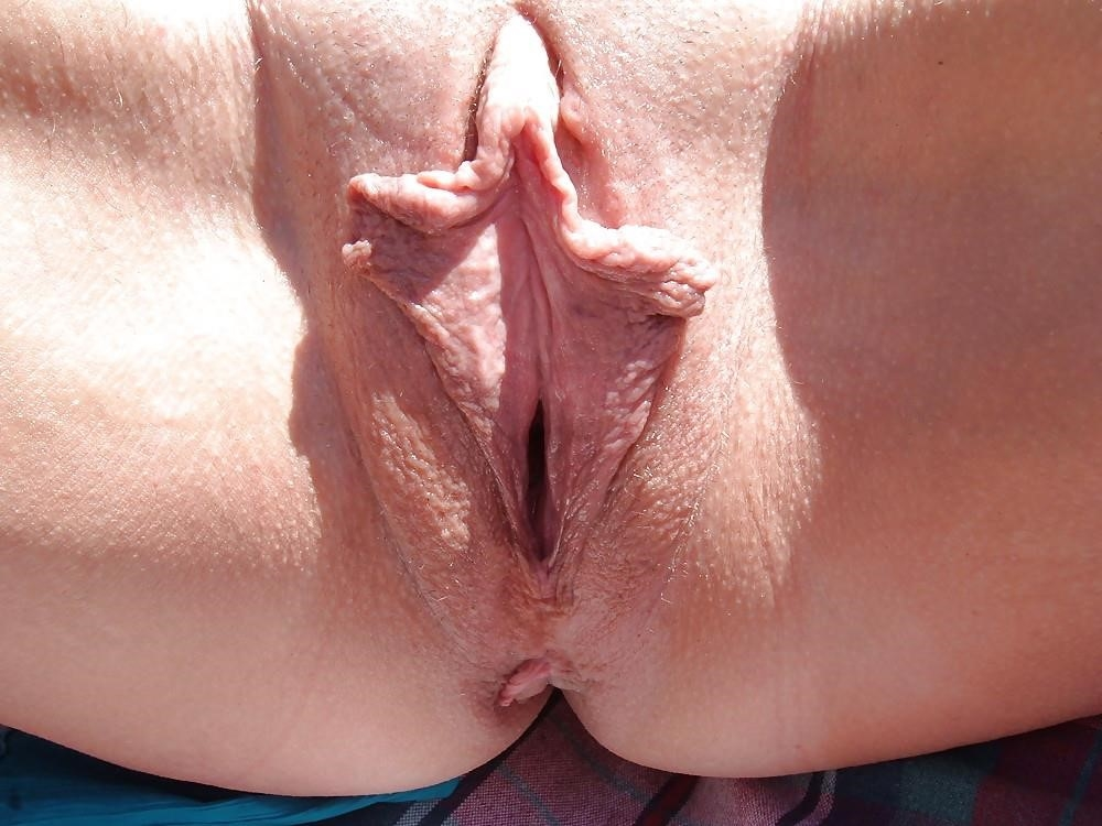 Big clit and large labia-1047