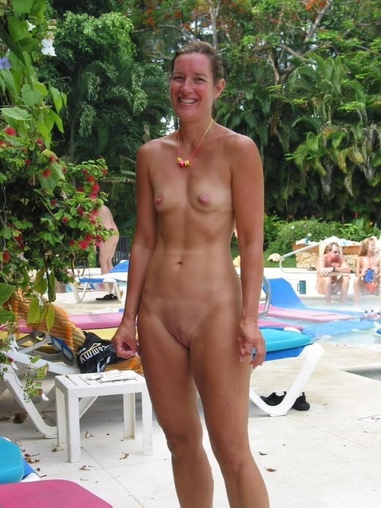 Beautiful naked women making love-9962