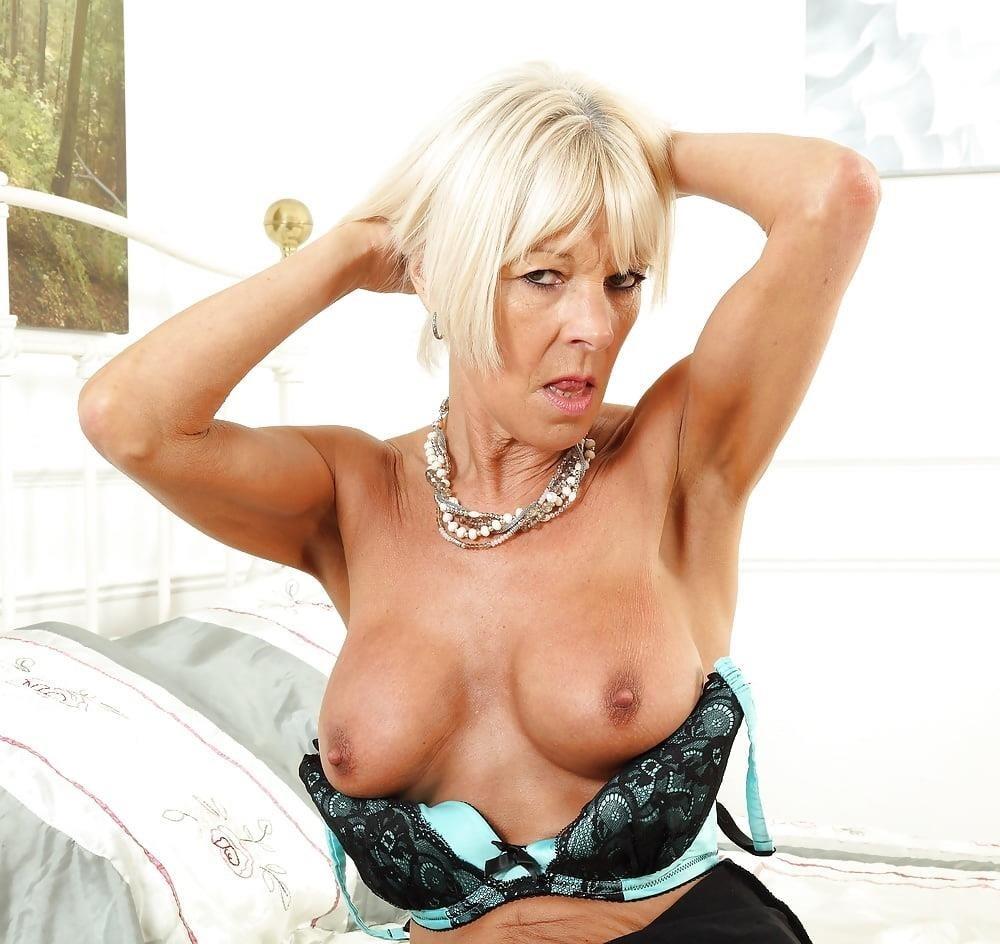 Milf big tits stocking-2501