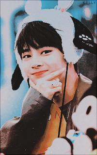Yang Jeong-in (Stray Kids) XuQpm1mV_o