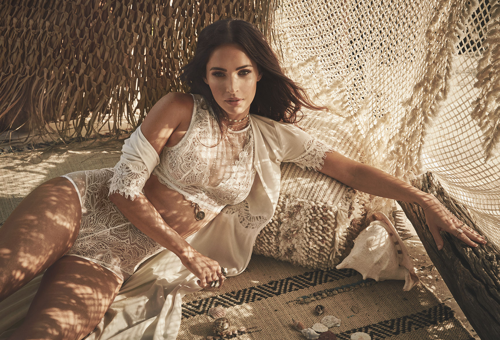 Меган Фокс в нижнем белье Fredericks of Hollywood spring 2018 / Megan Fox by James Macari