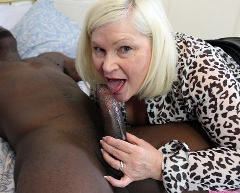Blowjob granny pics-7274