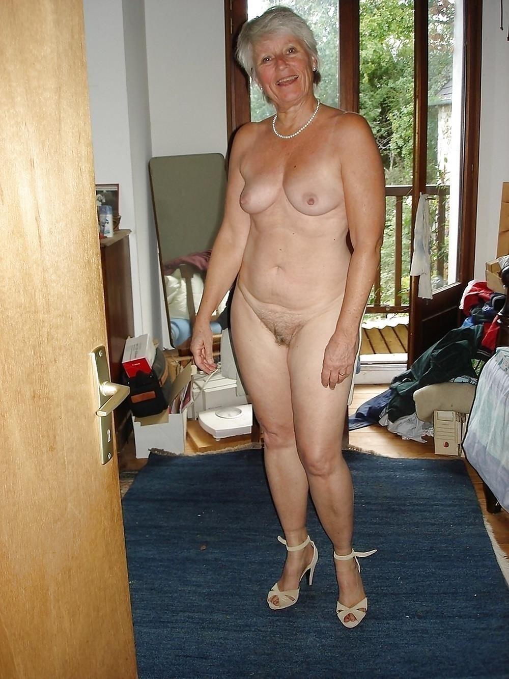 Chubby mature granny-2858