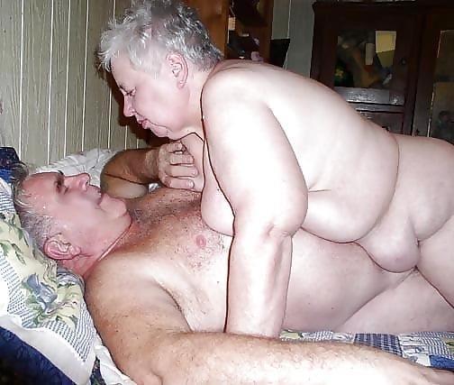 Chubby granny swingers-7053