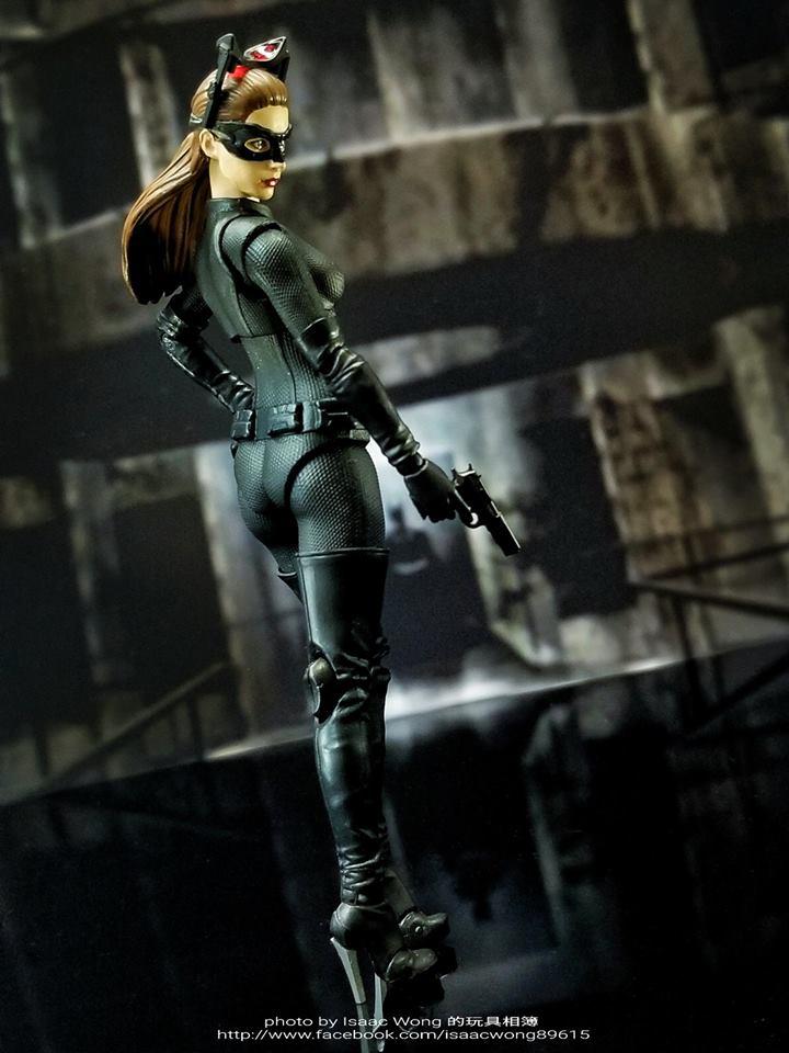 Catwoman - Batman The Dark Knigh rises - SH Figuarts (Bandai) 9ZXOkiQN_o