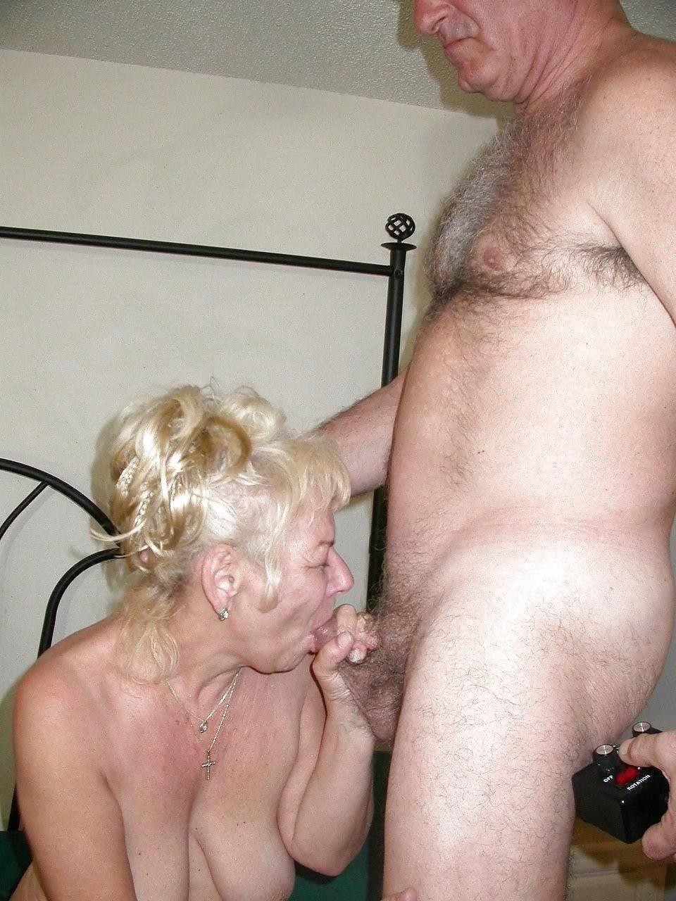 Chubby granny swingers-8533