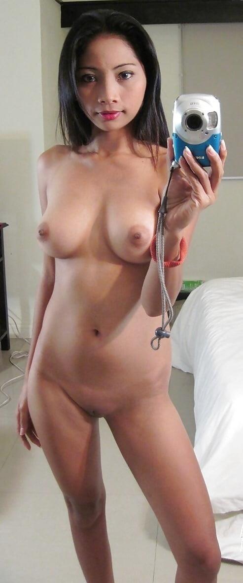 Real girls nude selfies-8359