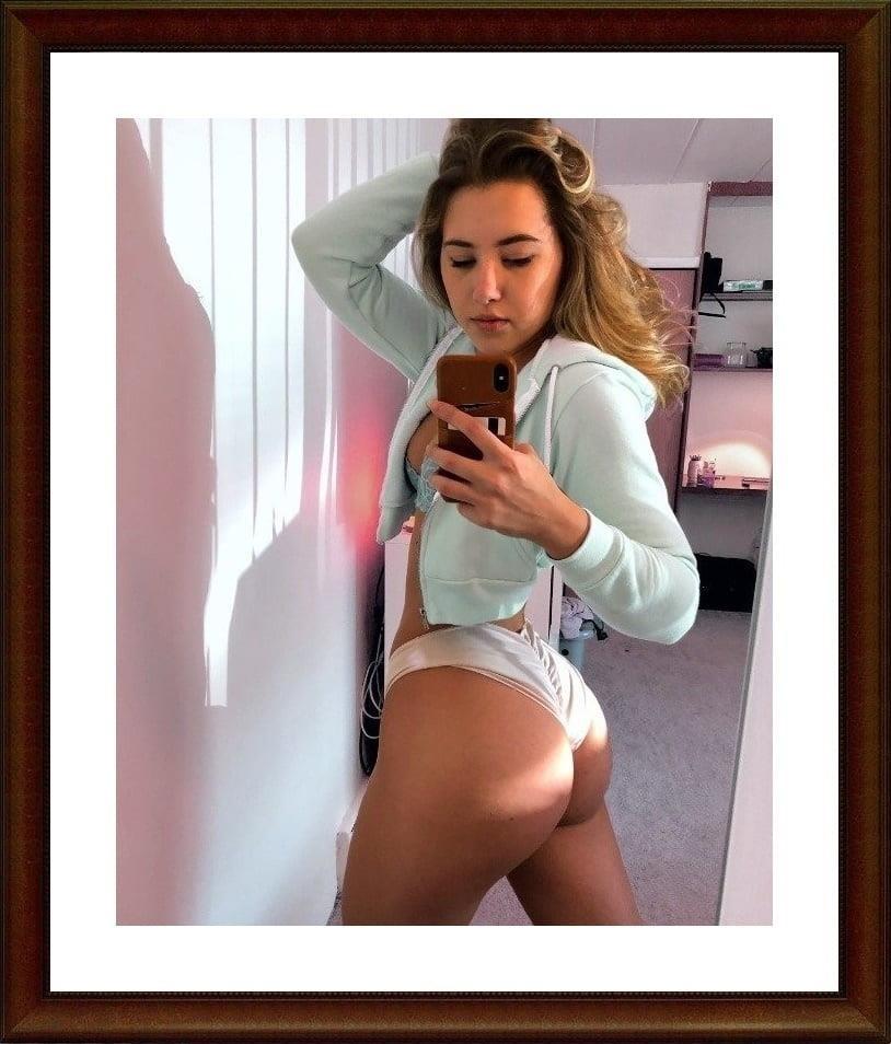Girls taking selfies nude-6878
