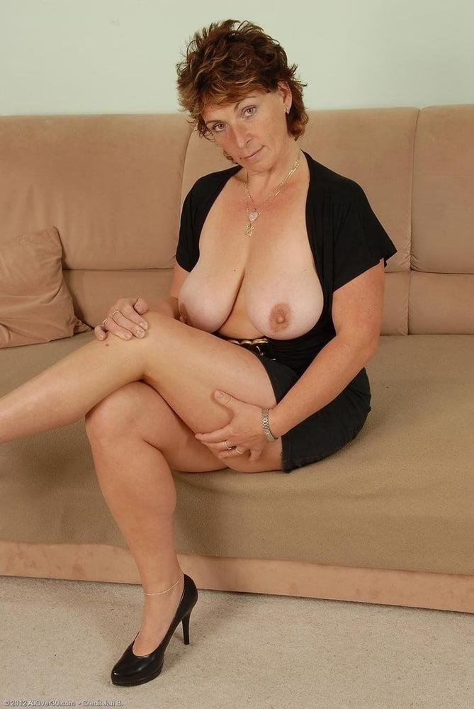Mature women boobs pics-6172