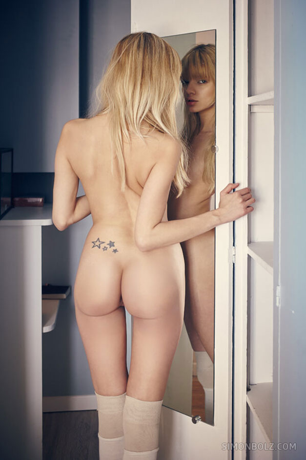 Pauline Baly nude by Simon Bolz