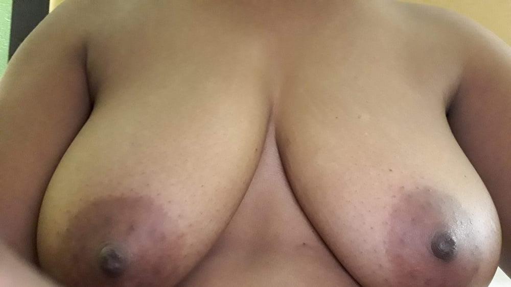 Mature mom nude selfies-3129