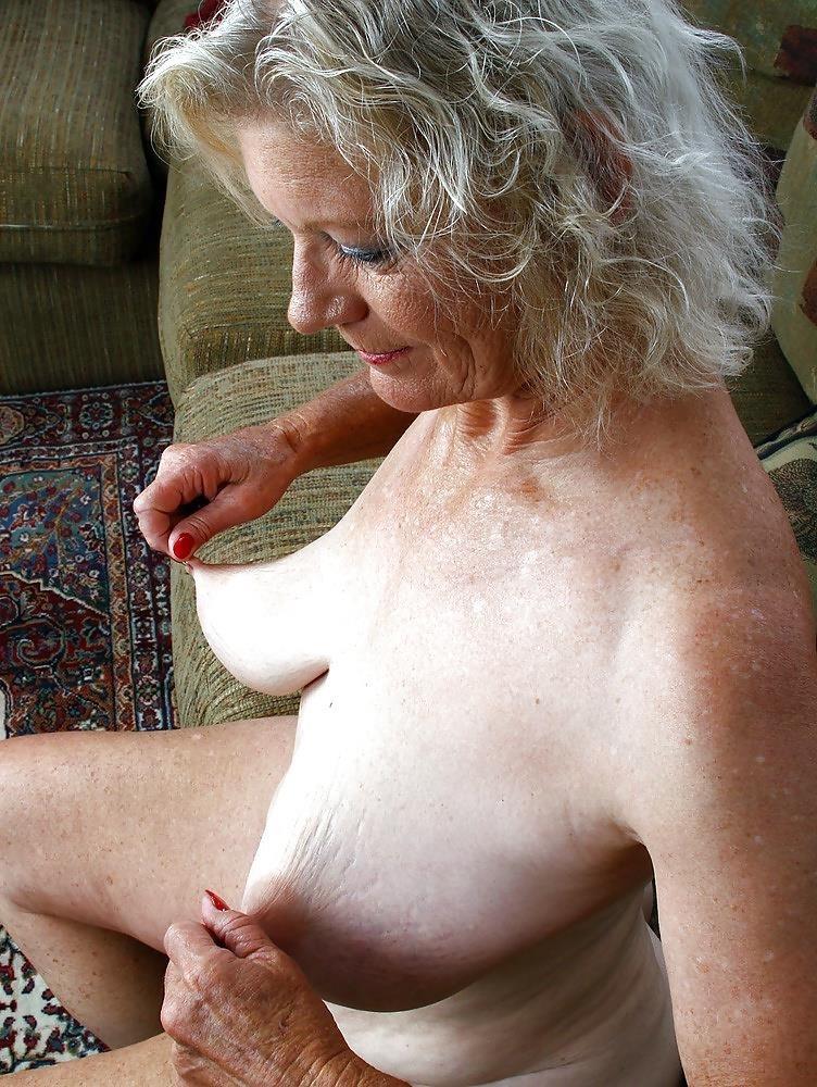 Older women nude beach-3971