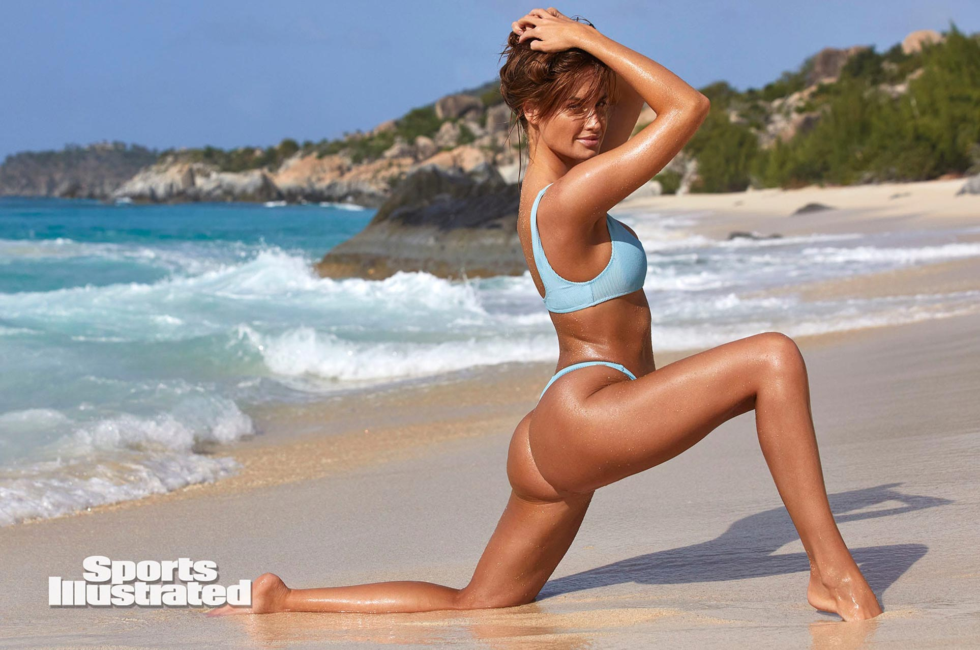 Хейли Калил в каталоге купальников Sports Illustrated Swimsuit 2020 / фото 31