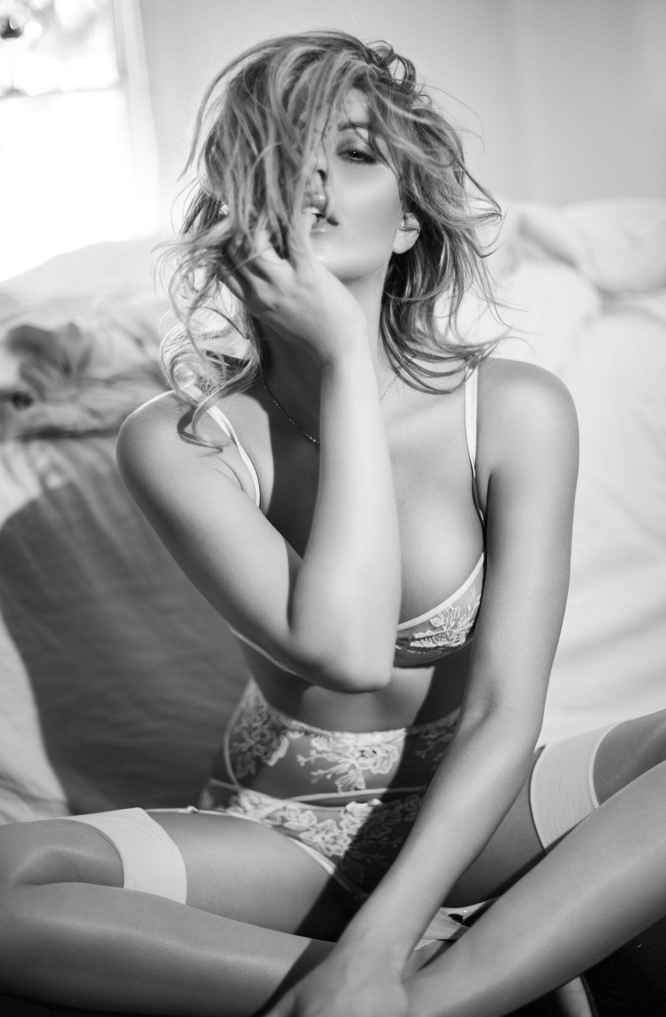 Линдси Хэнкок в нижнем белье Agent Provocateur / фото 06