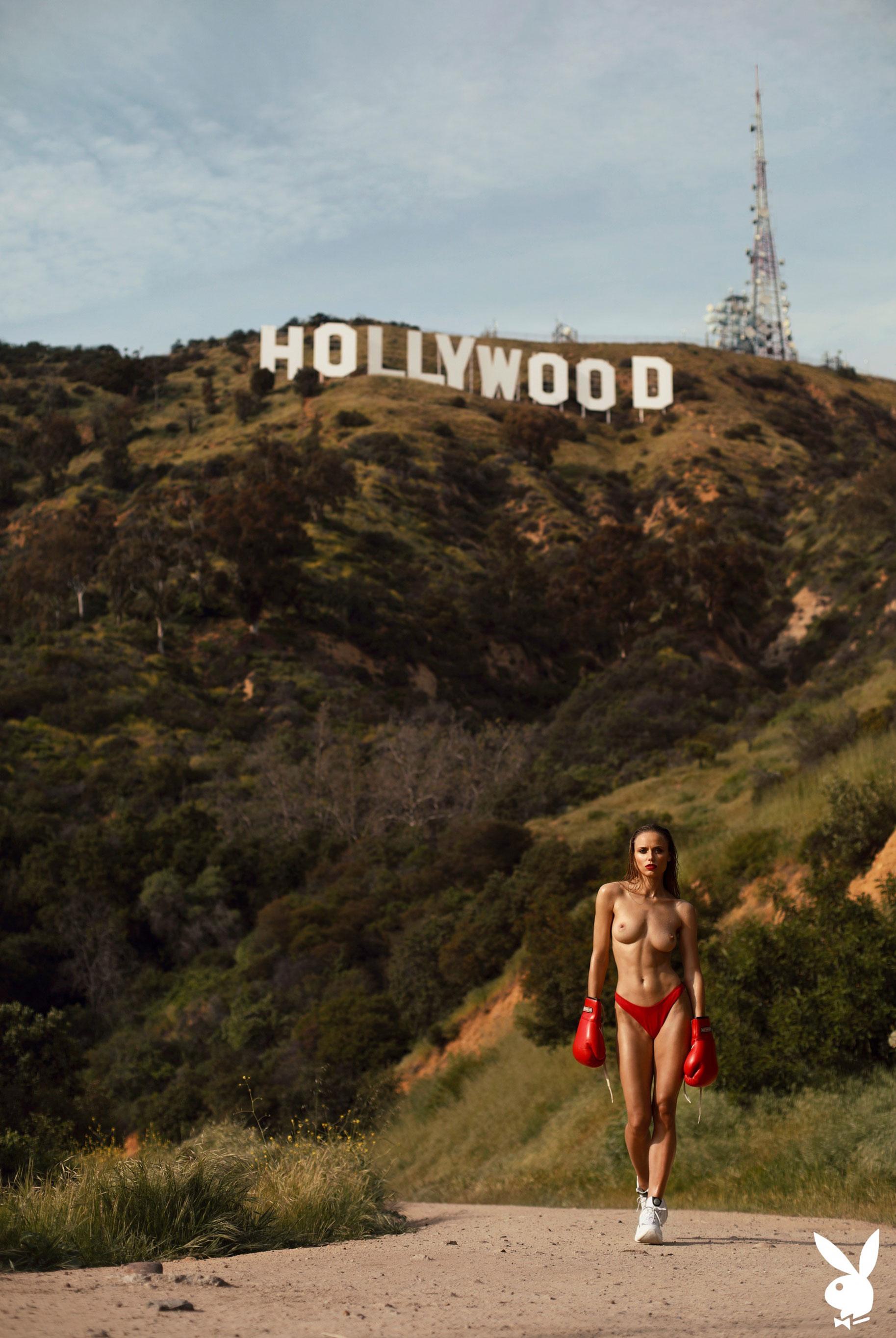 голая Адель Вакула в Голливуде и на страницах журнала Playboy / фото 19