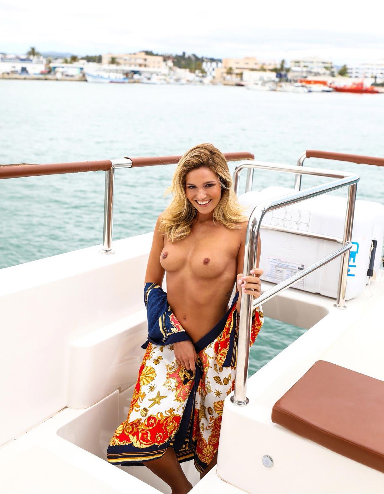 Софи Имельманн в спецвыпуске журнала Playboy -Девушки летом- / фото 01
