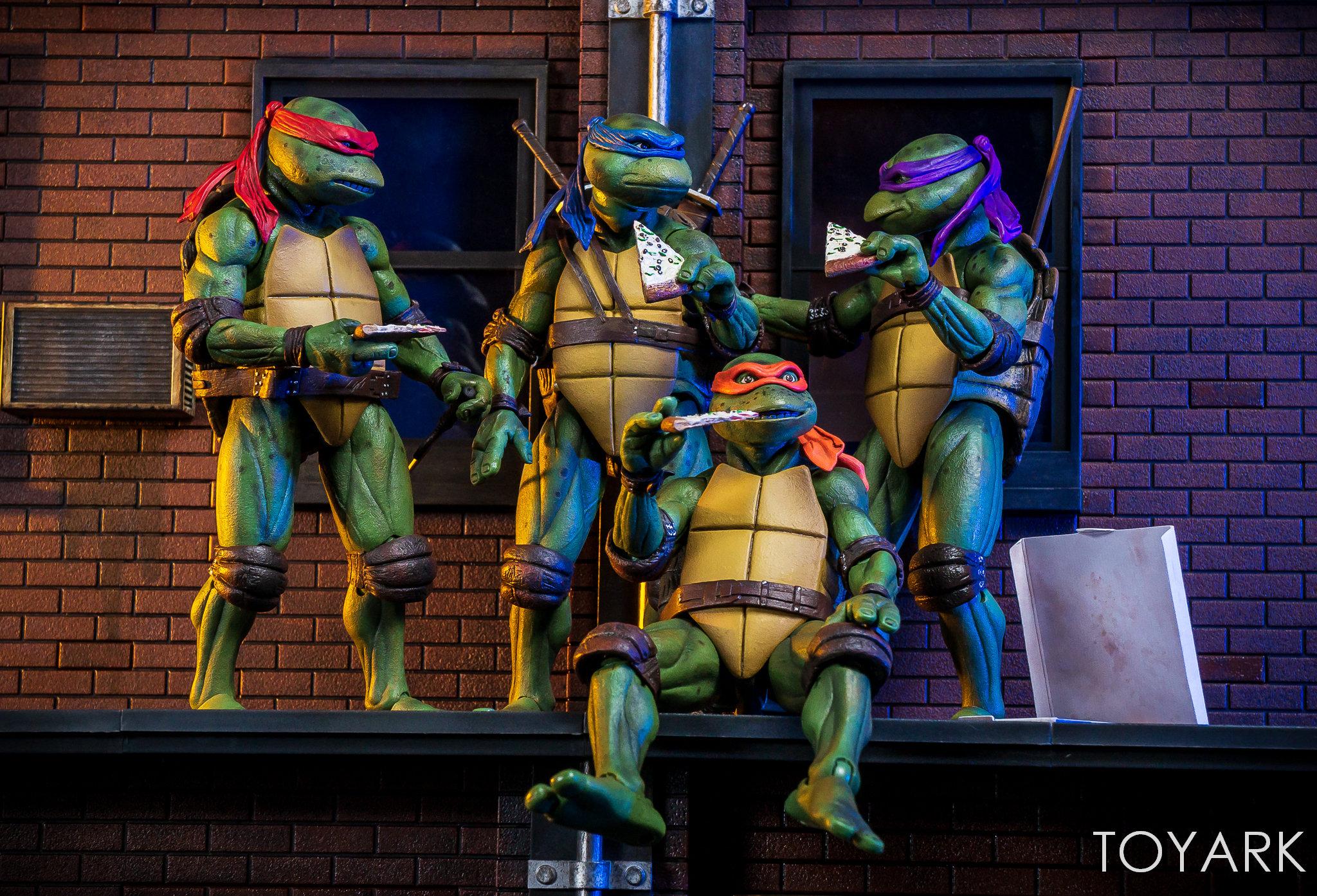 Teenage Mutant Ninja Turtles 1990 Exclusive Set (Neca) TdUSY71X_o