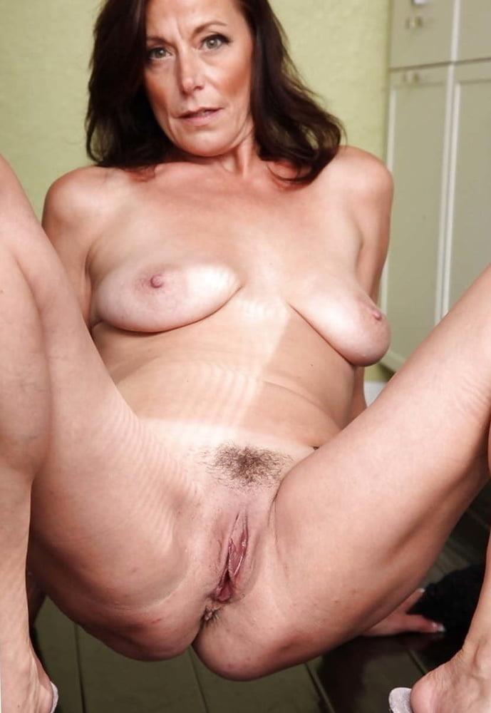 Lovely naked milfs-8159