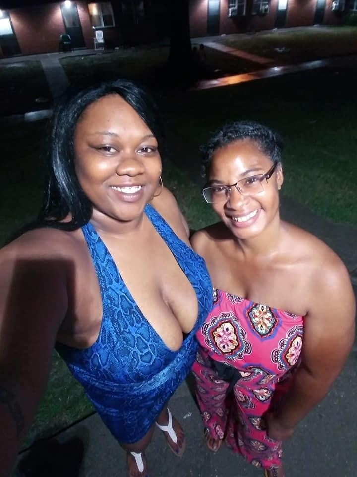 Mature mom nude selfies-4878