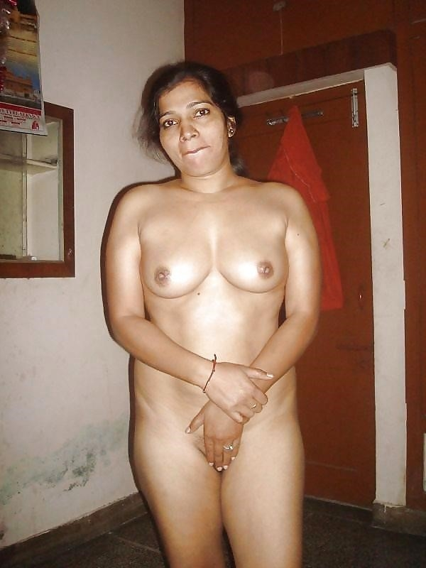 Hot tamil aunty in bed-3235