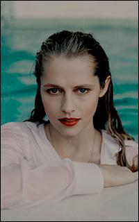 Stella Kahnwald