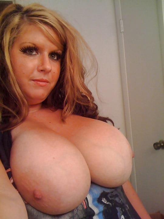 Huge natural tits and nipples-5714