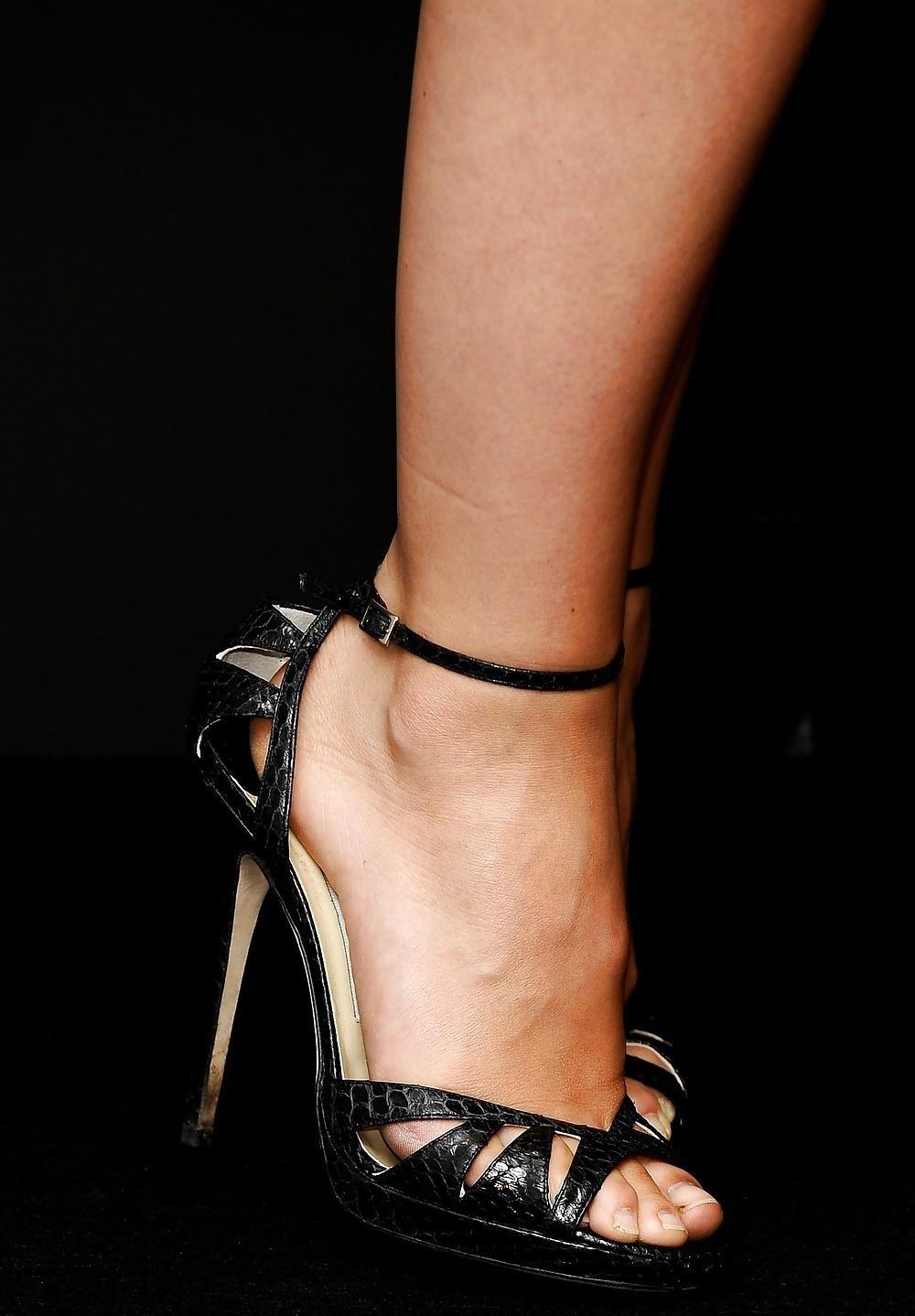 Ebony feet hd-7863