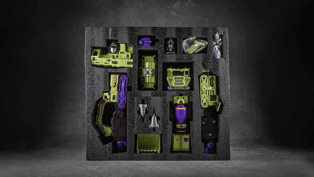 [Toyworld] Produit Tiers - Jouet TW-C Constructor aka Devastator/Dévastateur (Version vert G1 et jaune G2) - Page 10 VWC2JHL3_o