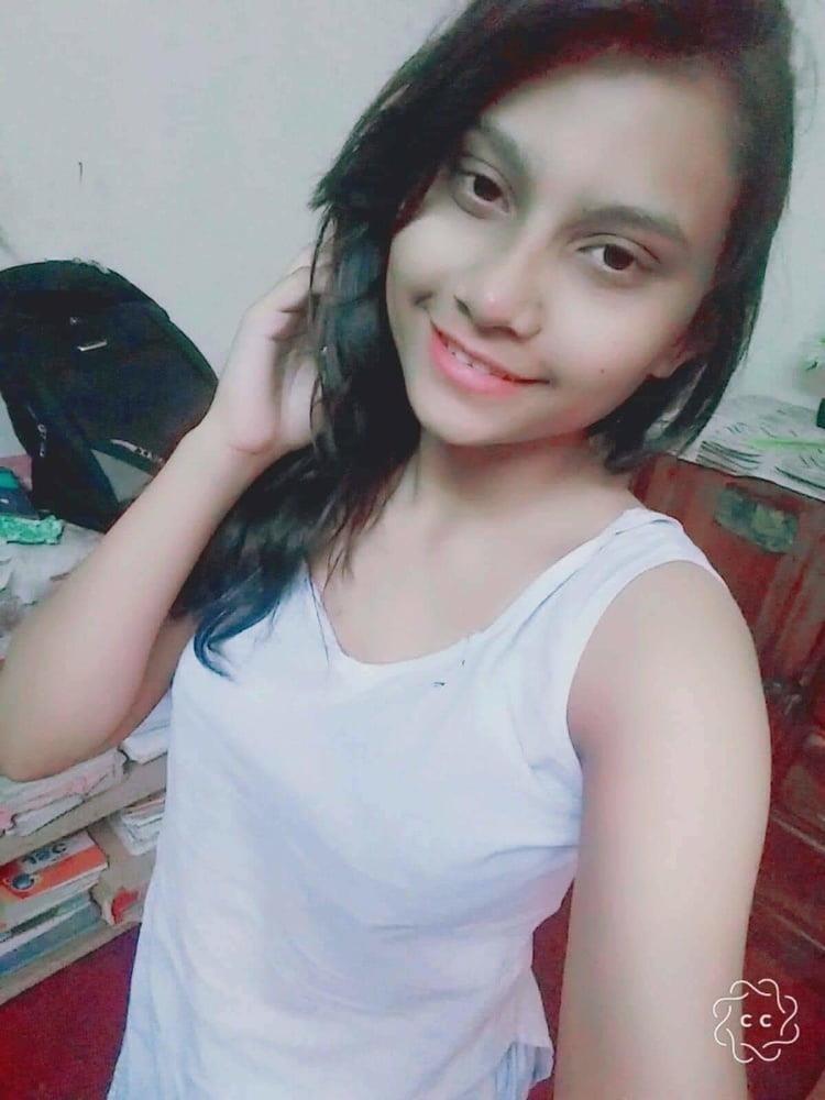 Naked school girl selfie-4849