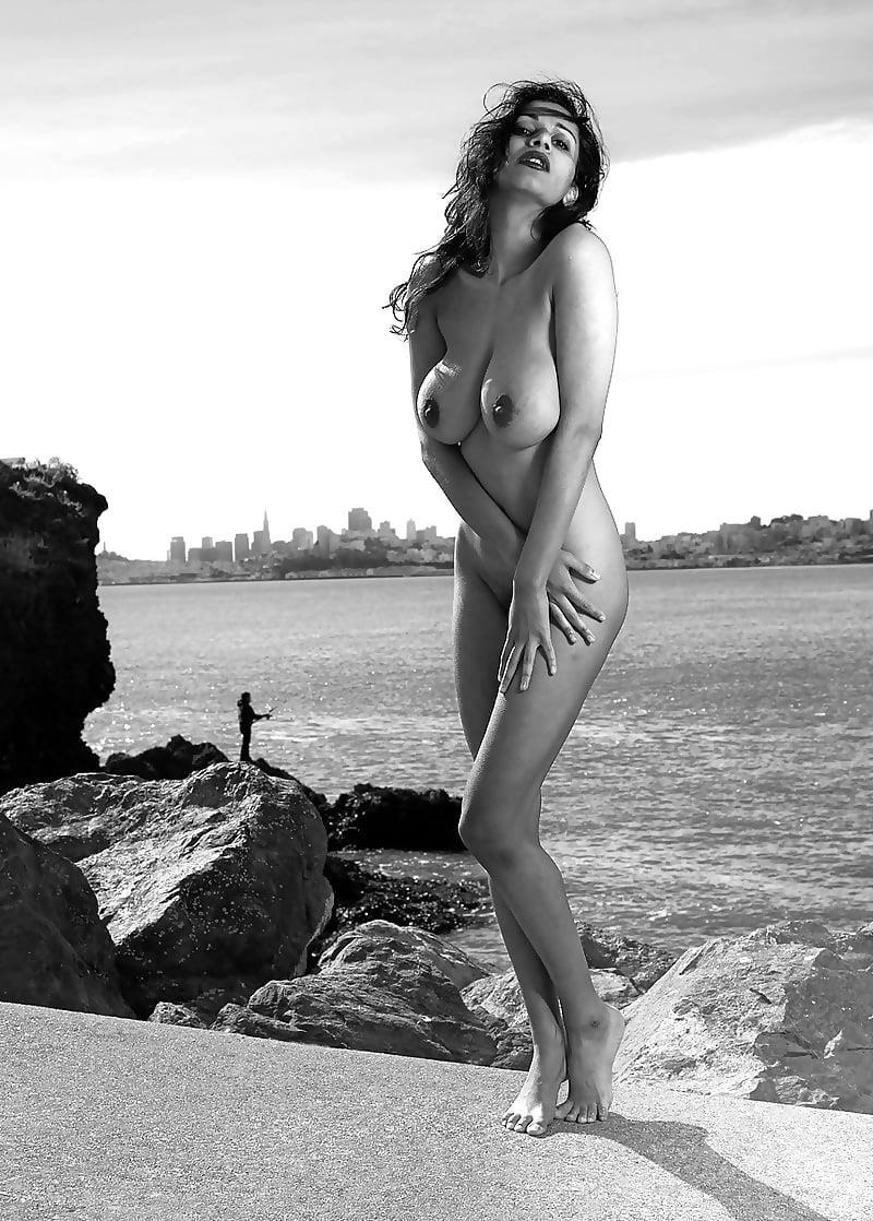Big boobs nude model-1419