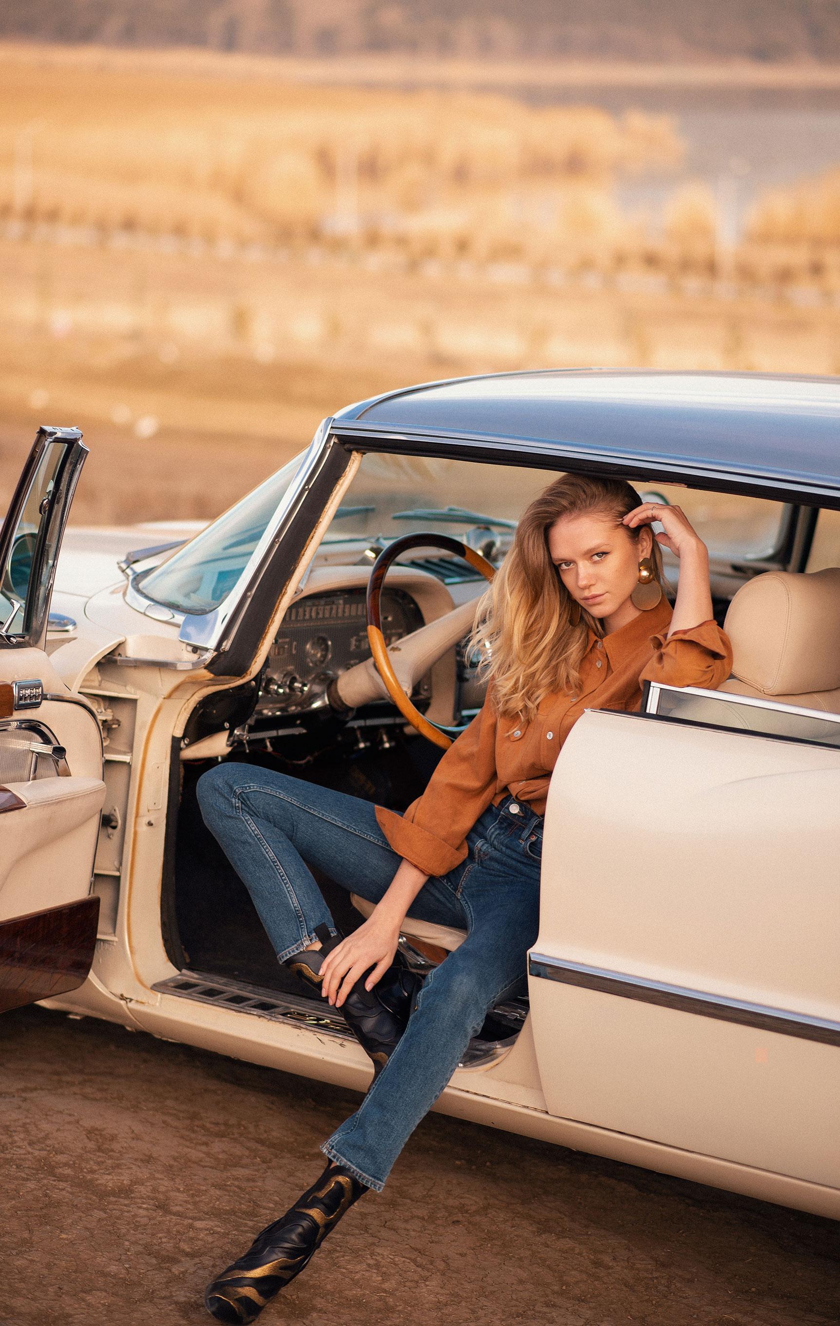 Диана Катова с подругой совершают автопробег по пустыне / фото 10