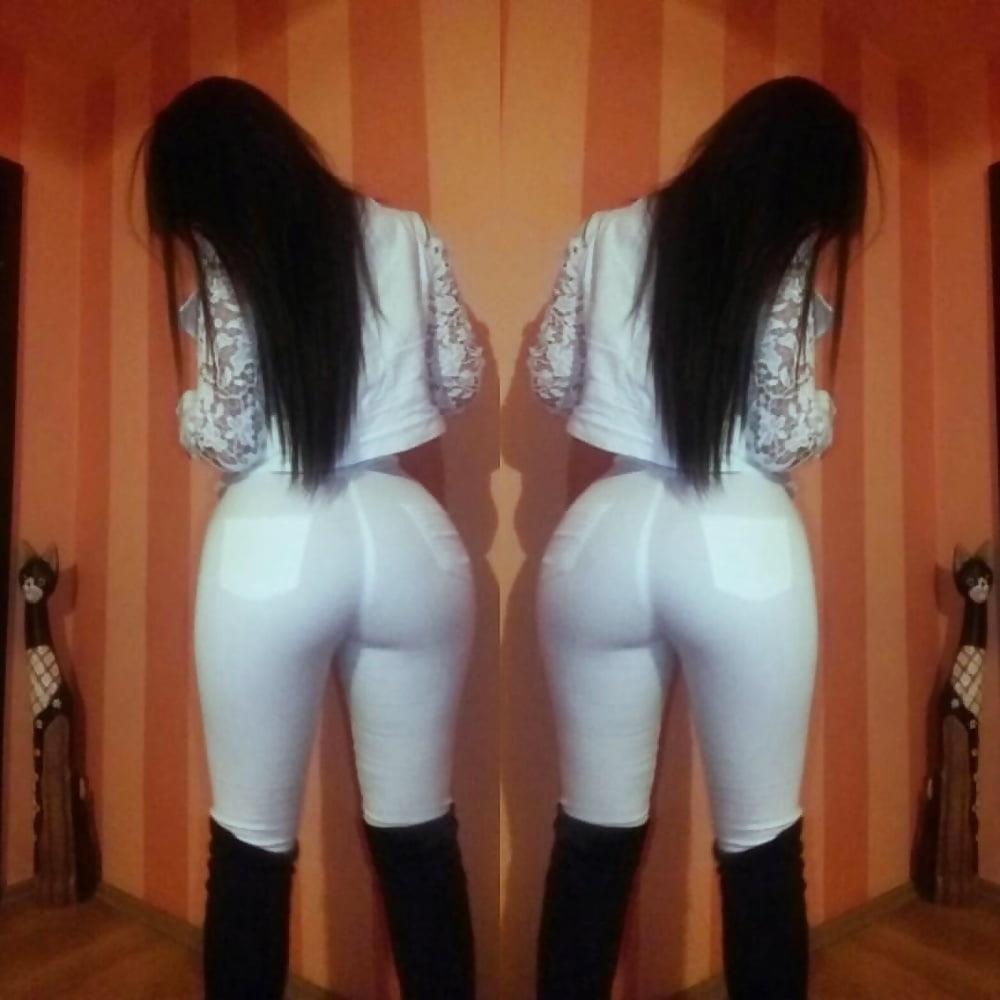 Teen big booty nude-6409