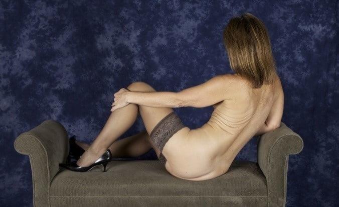 Amateur matures nude pics-6835