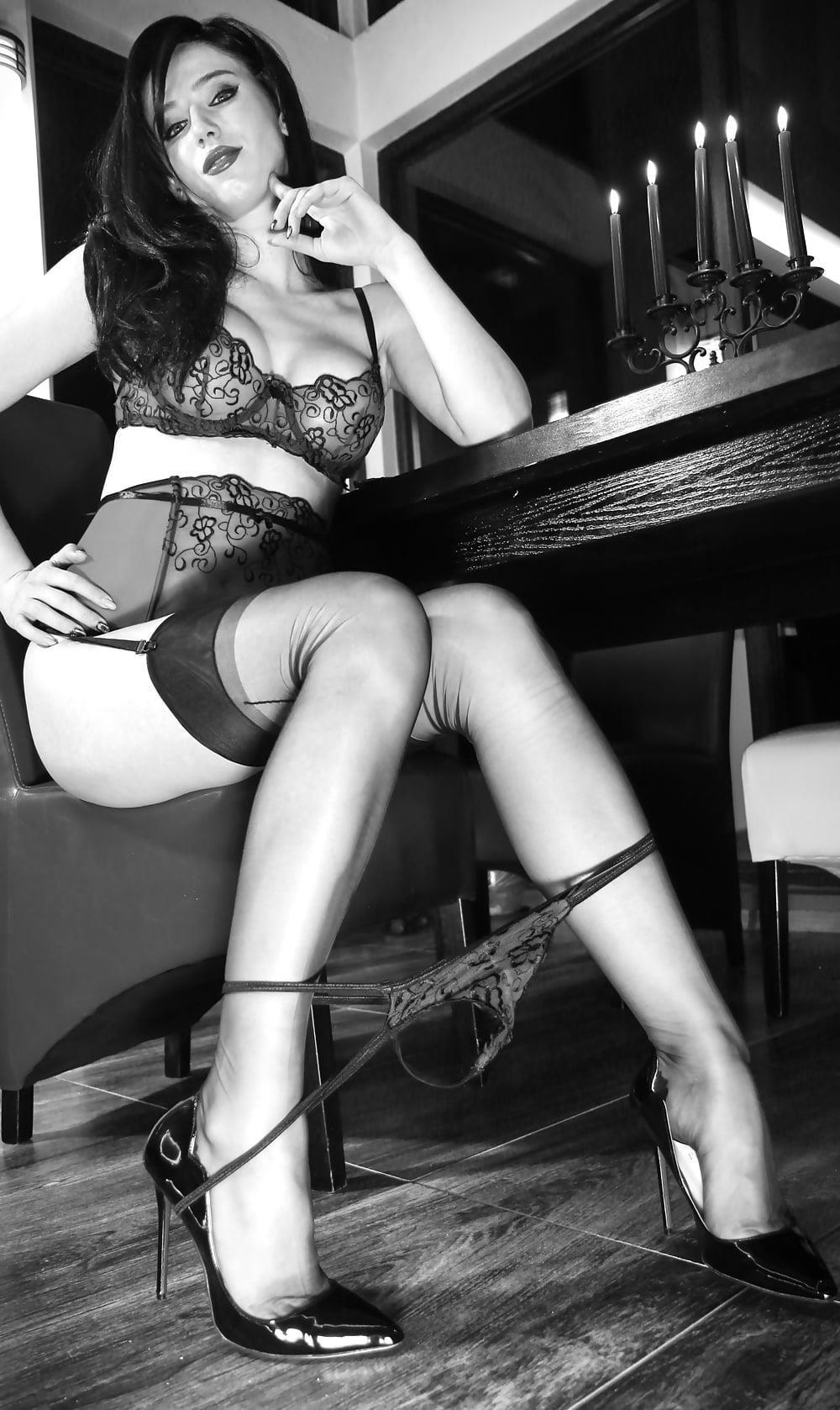 Foot nylon mistress-3225