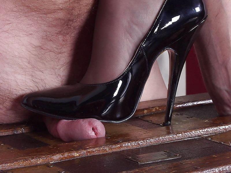 Ladies foot sex-3271