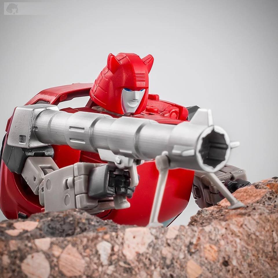[Ocular Max] Produit Tiers - Minibots MP - PS-09 Hellion (aka Cliffjumper/Matamore), PS-11 Omne - (aka Cosmos) 4MSq8wTM_o