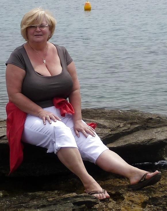 Granny big tit pics-5283