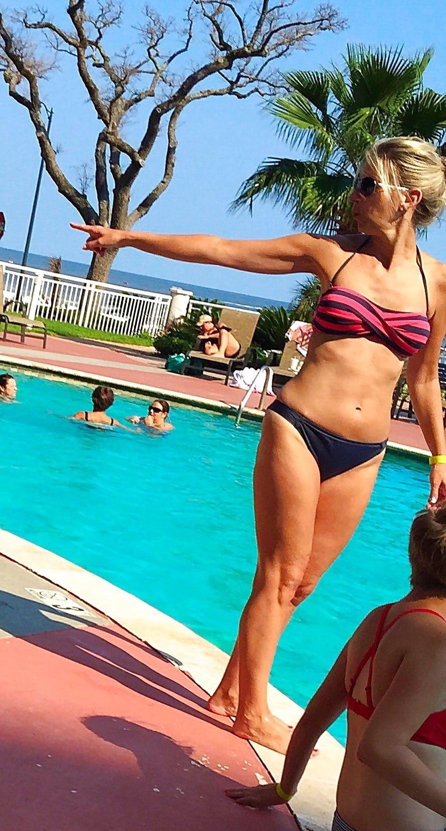 Beautiful mature women in bikinis-1175