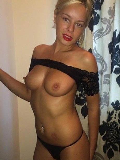 Sexy female nude selfies-8298
