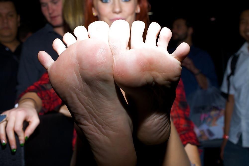 Dani jensen lesbian feet-6804