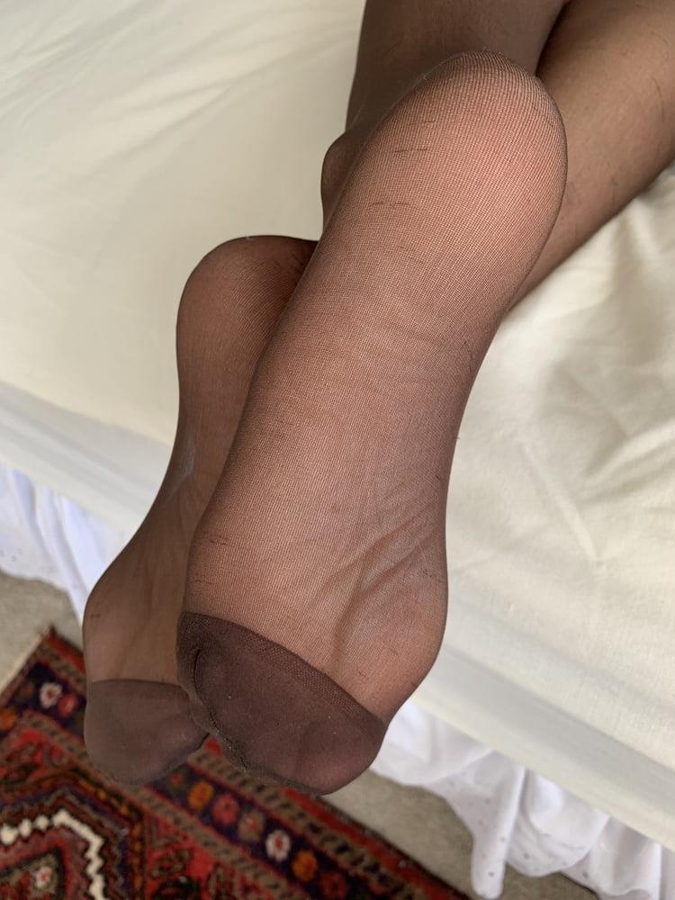 Female feet bondage-1634